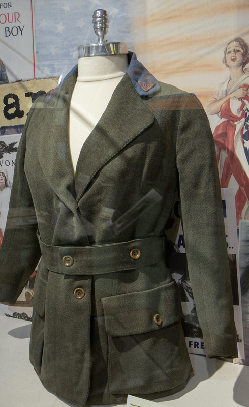 World War I Uniform for YMCA ; Green women's WWI jacket with red patches on the lapels